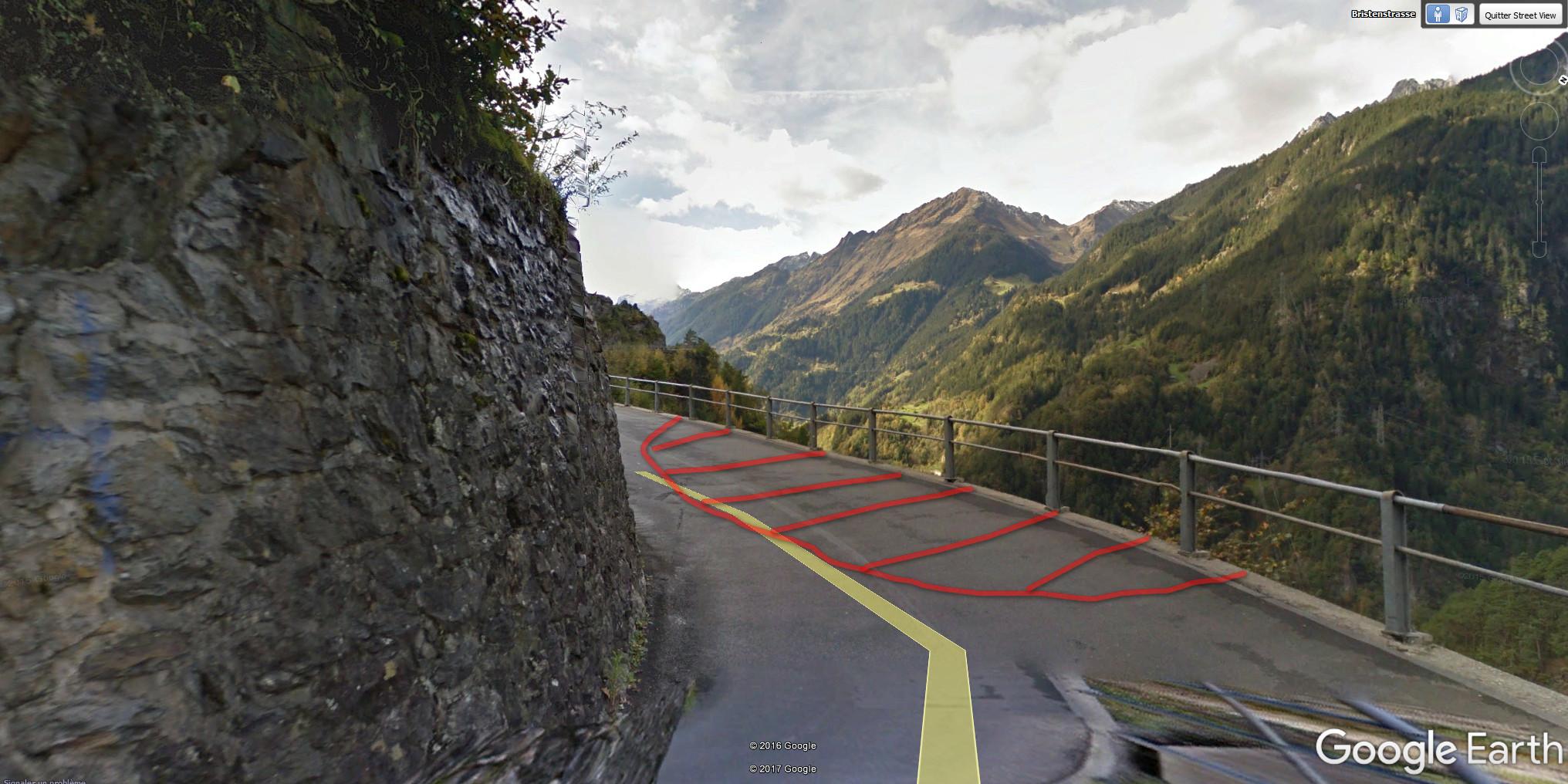 Where the road collapsed / Où la route s'est effondrée