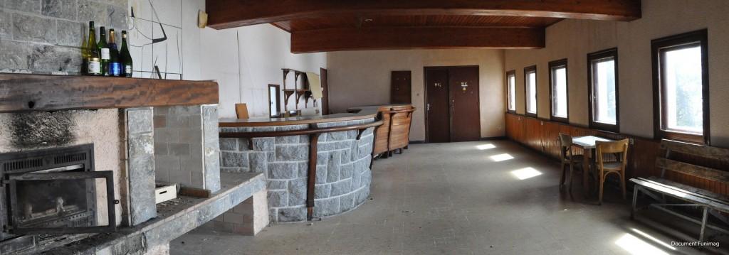 Le bar de la gare supérieure du funiculaire de l'Ayré