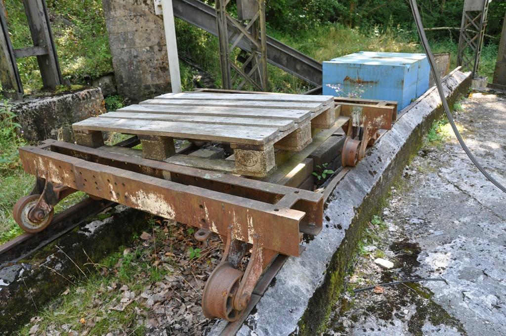 Chariot de transbordement et charge de 5 tonnes
