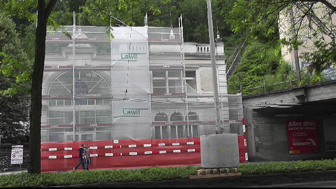 Why is there work in progress at the Gütsch-Bahn Station?