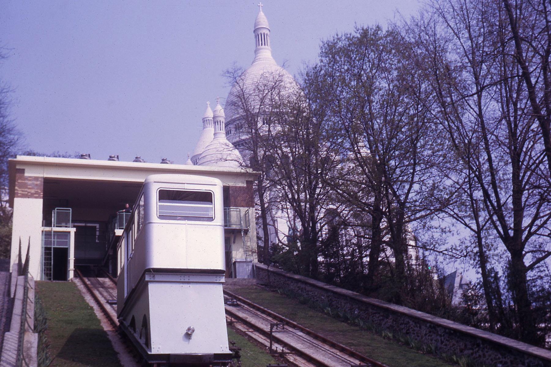 Funiculaire de Montmartre en 1963 / Montmartre Funicular in 1963
